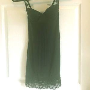 Victoria's Secret Lace Bra Slip 0147